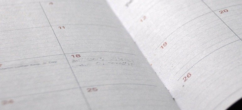a planner you will use to save your time when relocating long distance