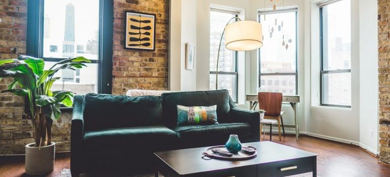 stage your Alabaster apartment for sale