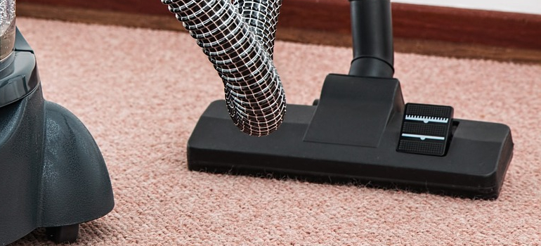 a vacuum you can use when you want to pack carpets before relocating